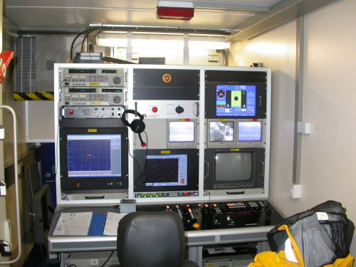 Intervention Control station - pilot, tooling and tracking